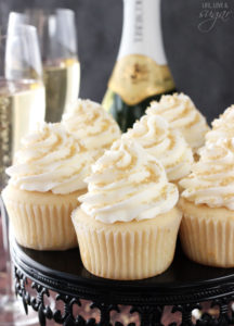 champagne_cupcakes3